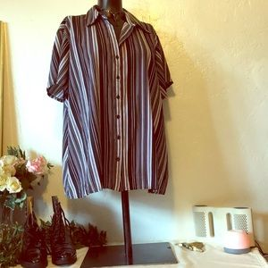 Worthington Women Stretch Vertical  Striped Shirt